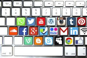 redes-sociales - soloparatiradio icon